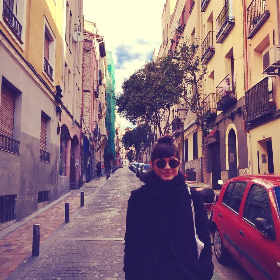 strolling-streets-laney